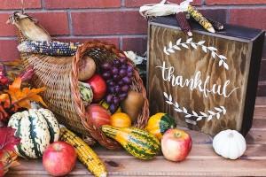 thanksgiving cornucopia 600